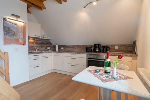 Küche der Ferienwohnung Landhaus am See in Neuensien auf Rügen